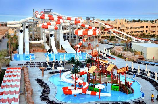 """Food poisoning"" ruins holidays at the Coral Sea Waterworld Resort in Egypt"