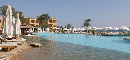 "Five star hotel? ""It's like something out of the Flintstones"" report Rehana Royal Beach guests"