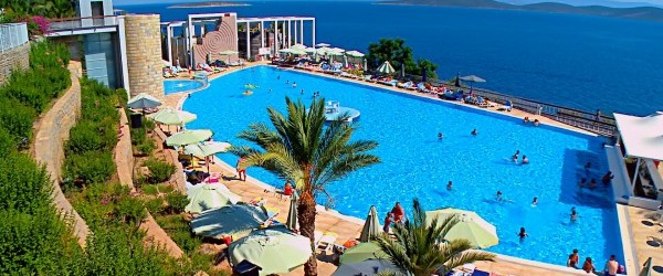 Holidaymaker hallucinates after contracting campylobacter at the Kervansaray Hotel
