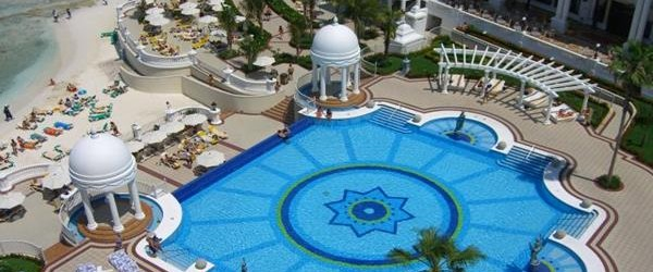 Illness outbreak reported at the Hotel RIU Cancun
