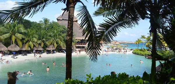 Mexican holidays ruined by illness at Luxury Bahia Principe Sian Kaan